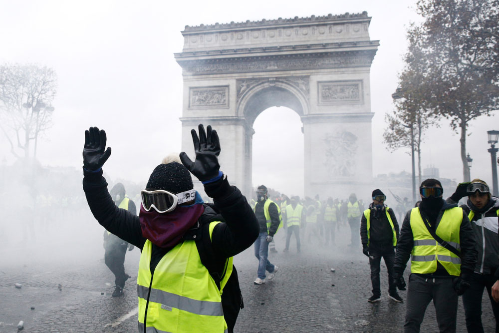 """Will we see a """"Yellow Vest"""" riot on the streets of London?"""